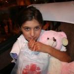 Często jedynym bagażem dzieci była torebka z pomocą od Caritasu i mocno przytulany, pluszowy miś