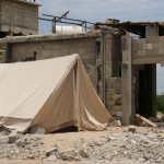 Na gruzach własnych domów wciąż żyje wiele rodzin